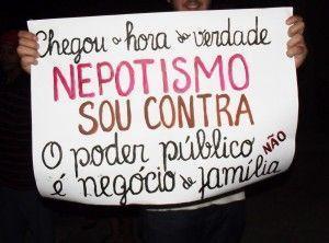 Belo Jardim vive dia de protesto