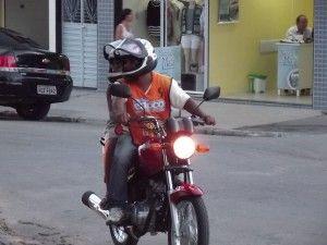 Mototáxi o transporte do belojardinense