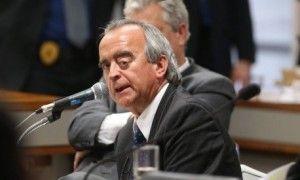 Nestor Cerveró negocia acordo de delação e diz que falará sobre compra de Pasadena.