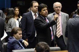 Líder Mendonça Filho diz que queda recorde do PIB mostra que o PT destruiu as bases econômicas do país