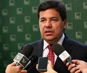 Mendonça Filho diz que programa do PT é uma narrativa de mentira e enganação.