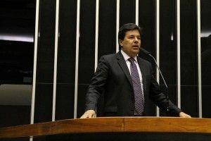 Mendonça Filho garante por lei a permanência e ampliação da área de atuação da vara do trabalho de Belo Jardim