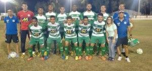 Belo Jardim FC empata e segue líder do Grupo C.