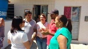 Mendonça filho e Andrea fazem visitas nos bairros do São Pedro e santo Antônio