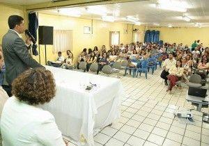 Secretaria de Educação realiza primeiro encontro pedagógico em Tacaimbó