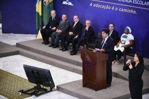 Presidente Temer e ministro da Educação, Mendonça Filho, anunciam aumento dos recursos da merenda escolar