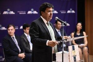 Ministro Mendonça Filho participa de lançamento do Caruaru Alfabetizado. 1500 jovens serão atendidos em 2017