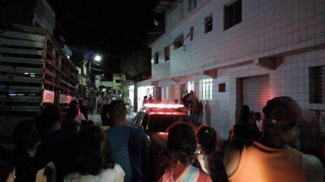 Homem é baleado dentro da própria casa no bairro do São Pedro