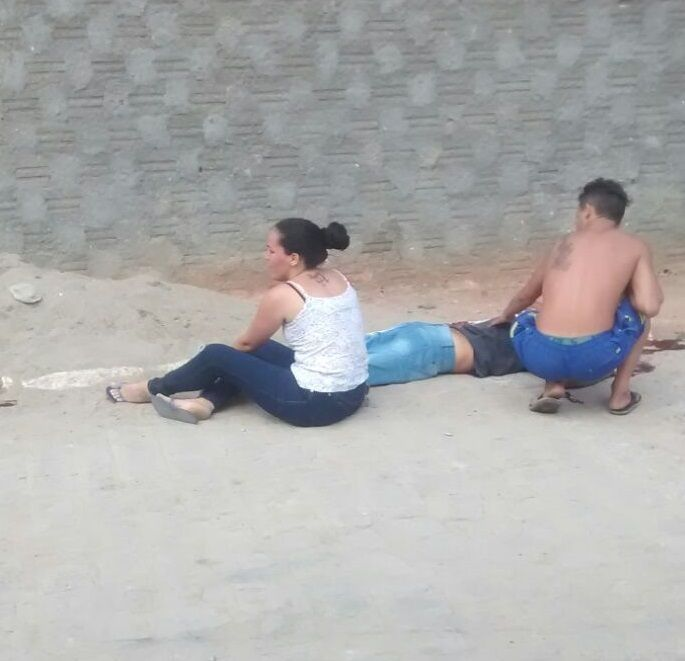 O crime ocorreu na rua Santa Sófia, no bairro da Lagoa. (Foto: Reporodução/Whatsapp).