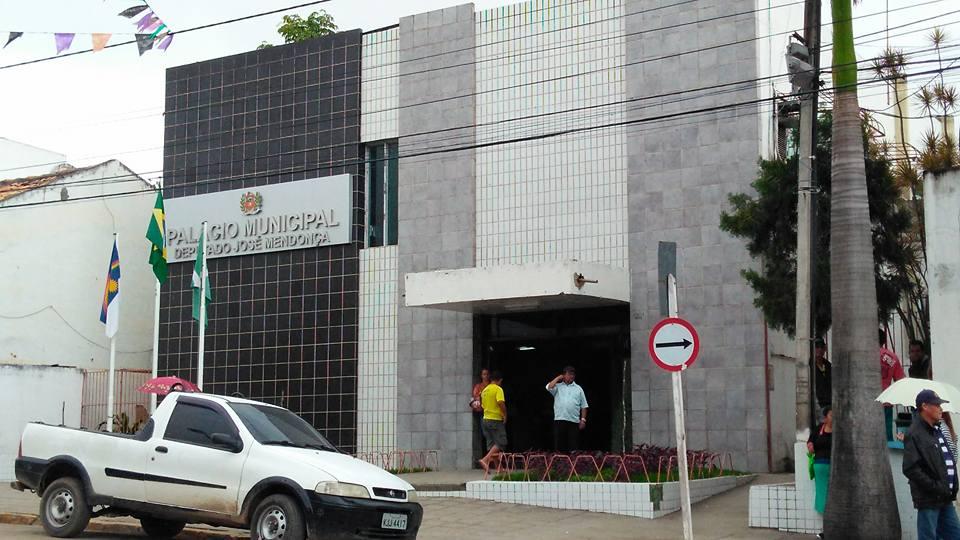 Salário do mês de novembro dos motoristas da prefeitura de BJ está atrasado