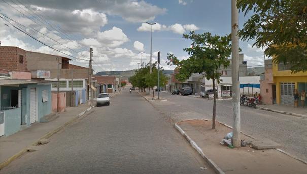 Adolescente de 16 anos é detido com 13 pedras de crack em Belo Jardim