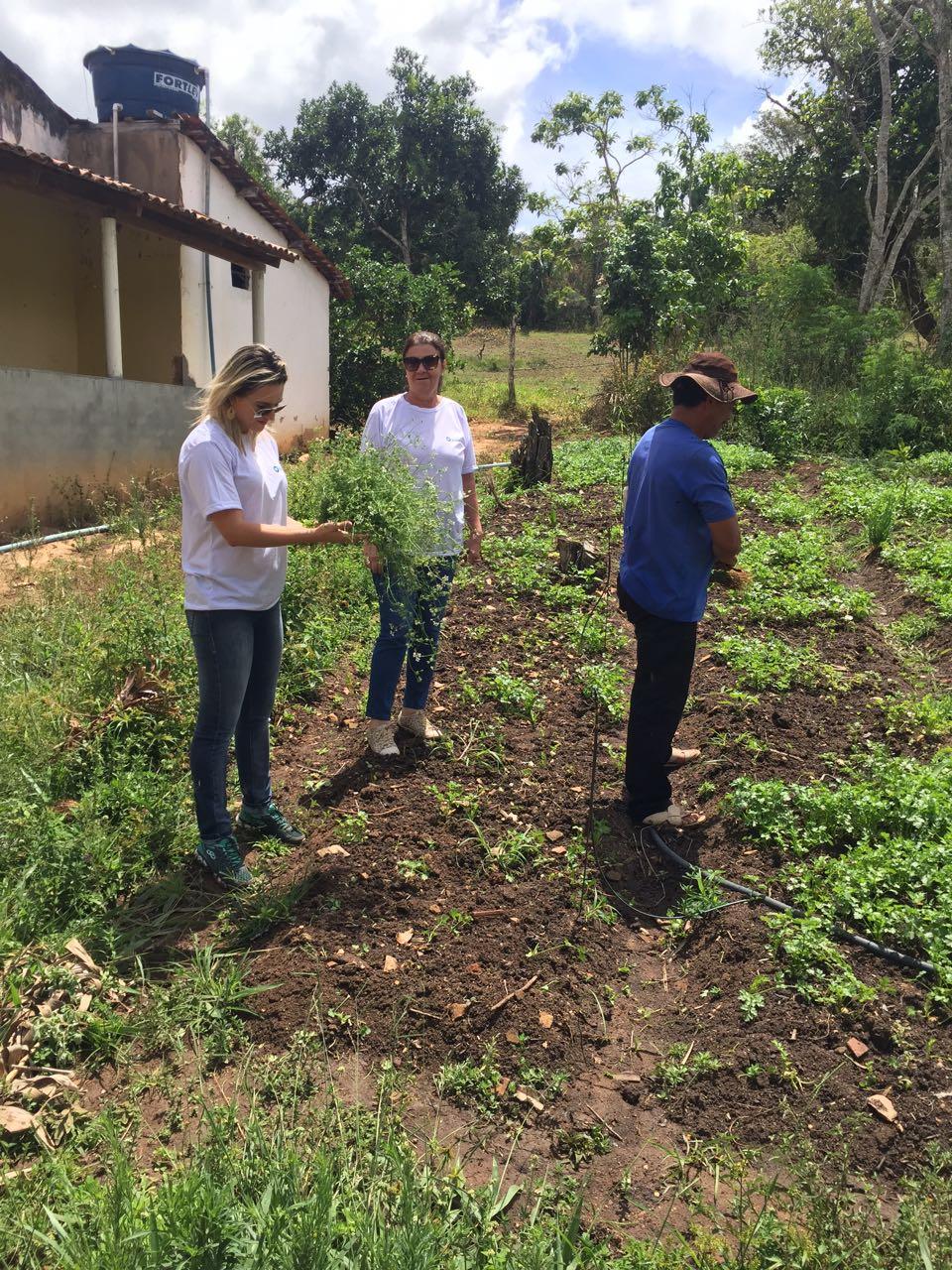 Fundação Bitury visita agricultores na zona rural de Belo Jardim