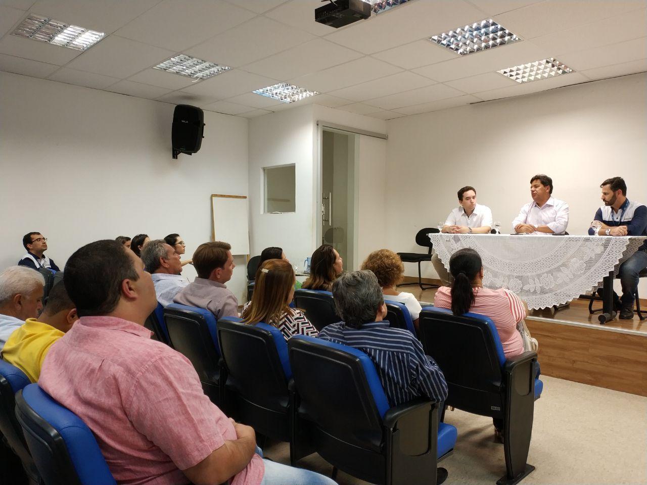 Ministro Mendonça Filho e Baterias Moura realizam debate sobre instalação da UFRPE em BJ