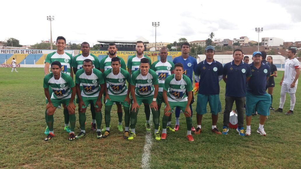 Belo Jardim joga mal e perde para o time reserva do Salgueiro