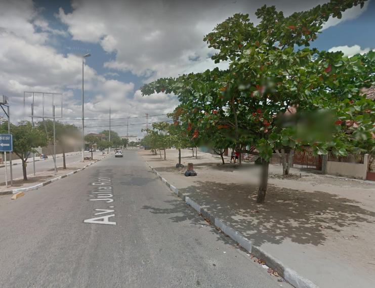 Jovem é esfaqueado durante assalto em Belo Jardim