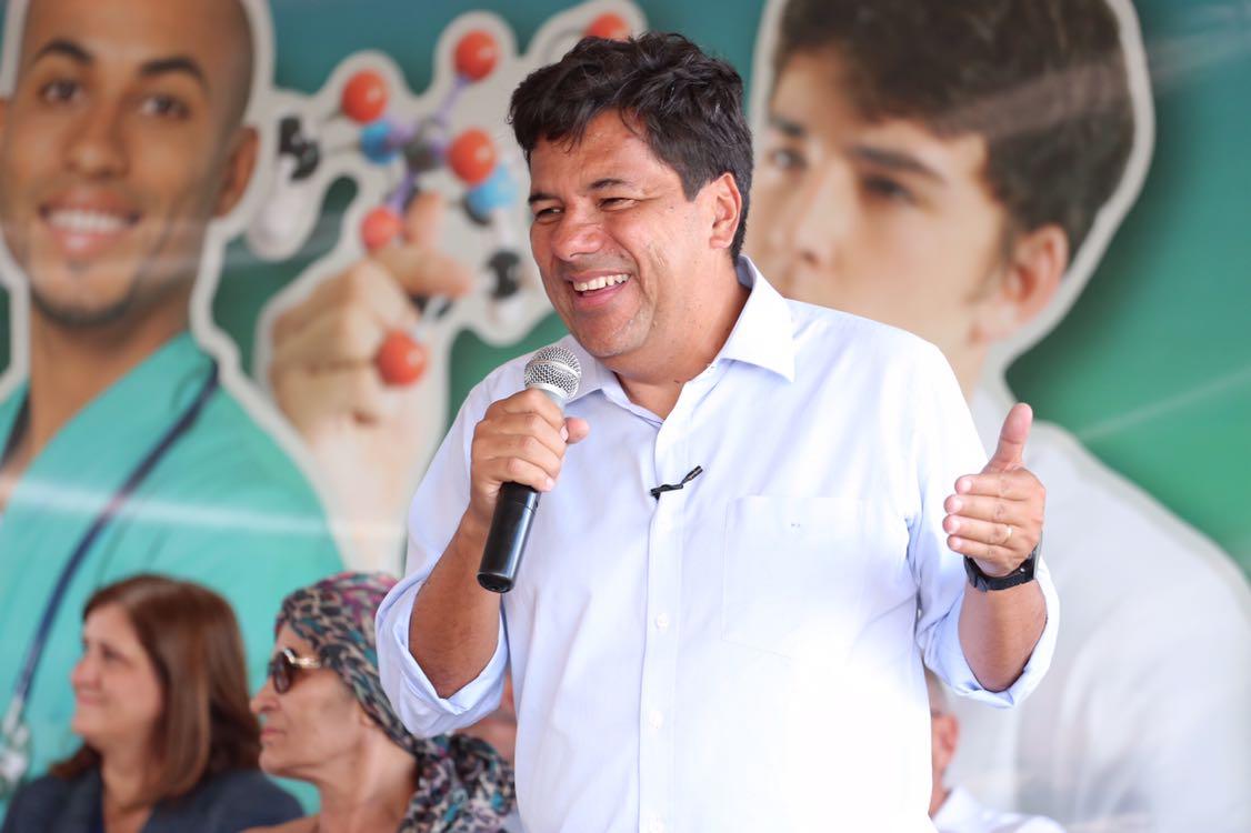 Mendonça Filho acompanha solenidade para doação de terreno à Univasf