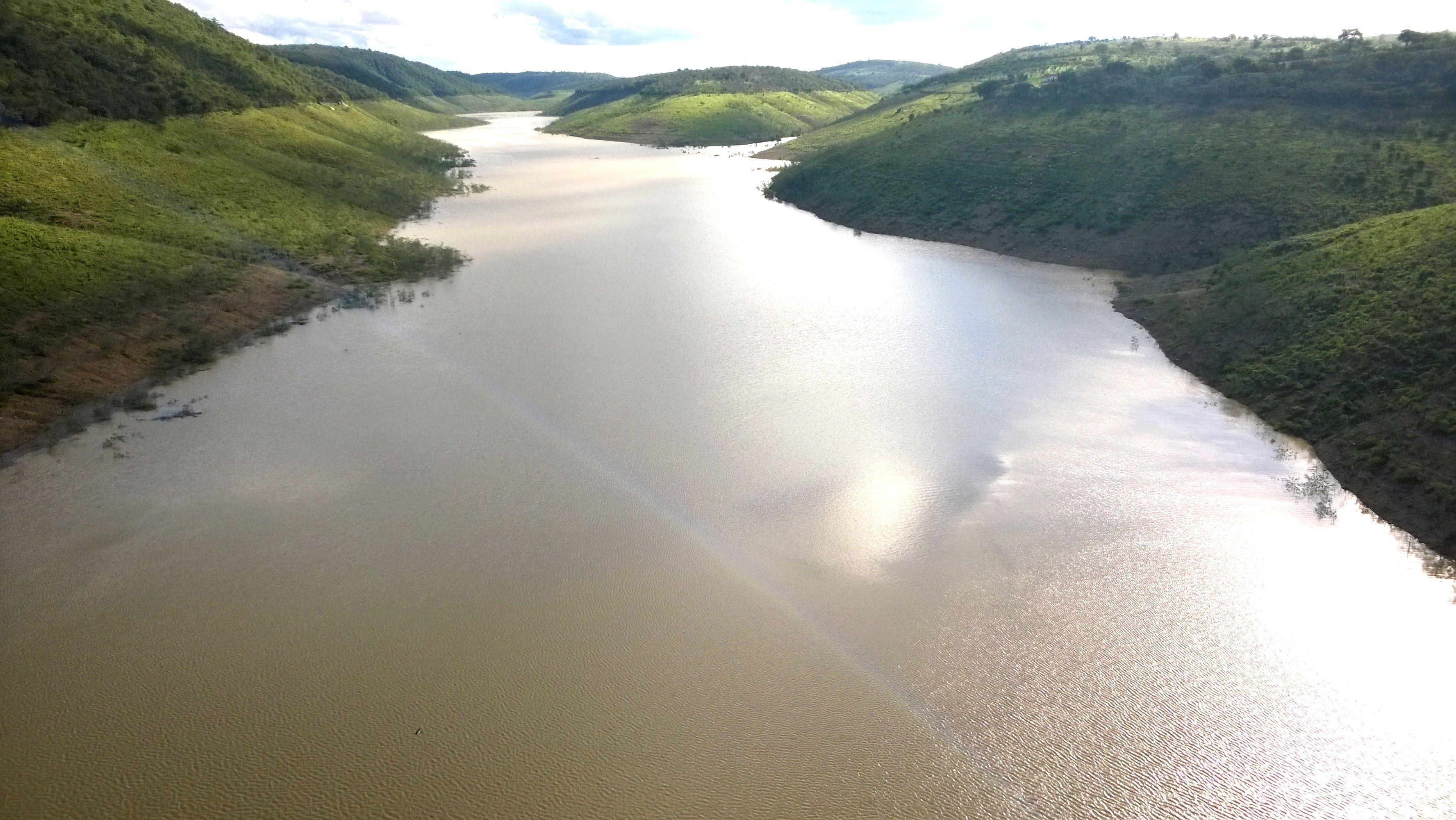 Captação provisória do 'volume morto' da Barragem de Jucazinho deve começar dentro de 30 dias. Foto: Divulgação / Compesa