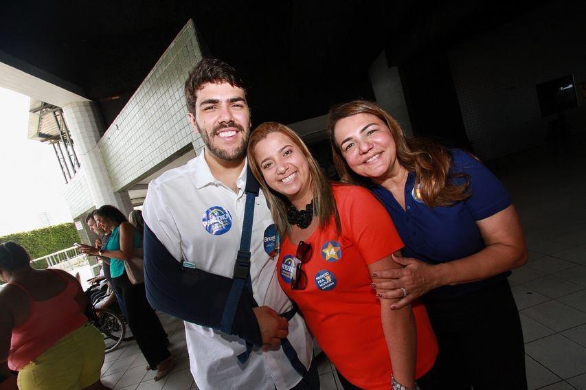Andréa e Vinícius participam da convenção Pernambuco Vai Mudar