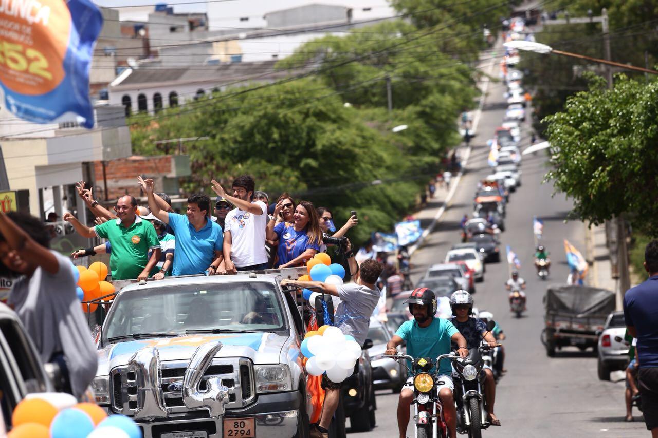 Carreata de Mendonça neste domingo foi a maior da história política de Belo Jardim