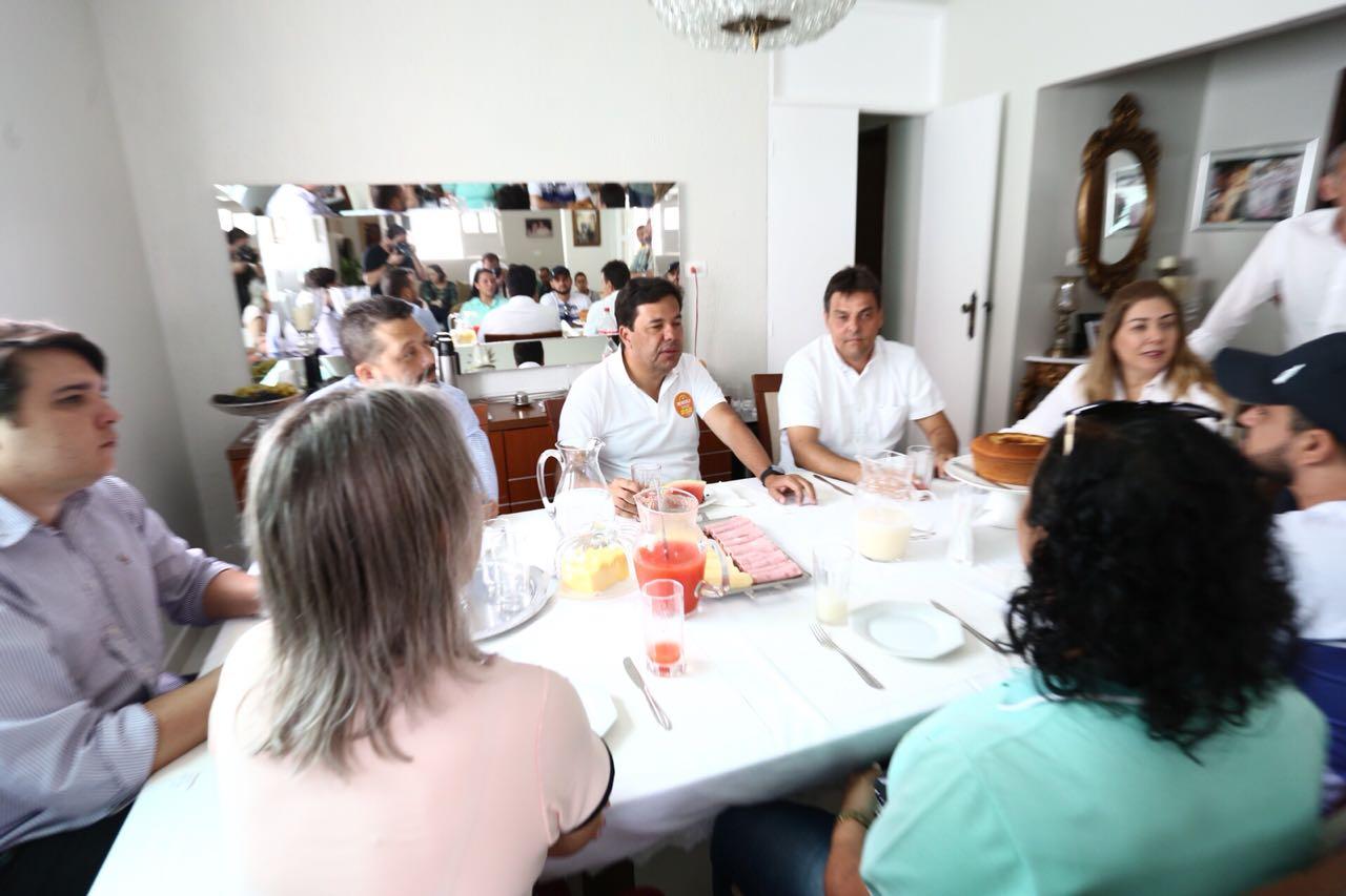 Mendonça encerra roteiros de agenda no Sertão em Flores e Calumbi