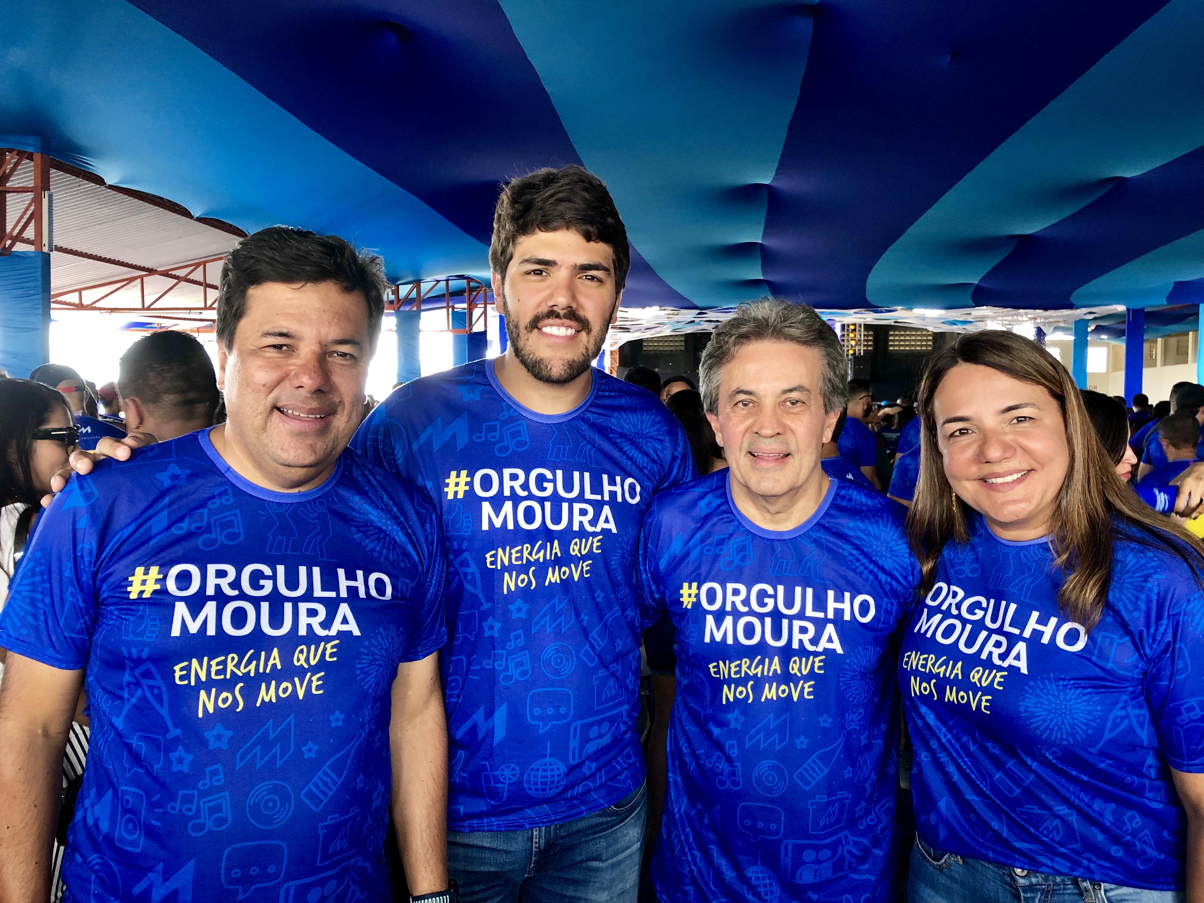 Mendonça Filho prestigia ao lado de colaboradores a confraternização da Moura, em BJ