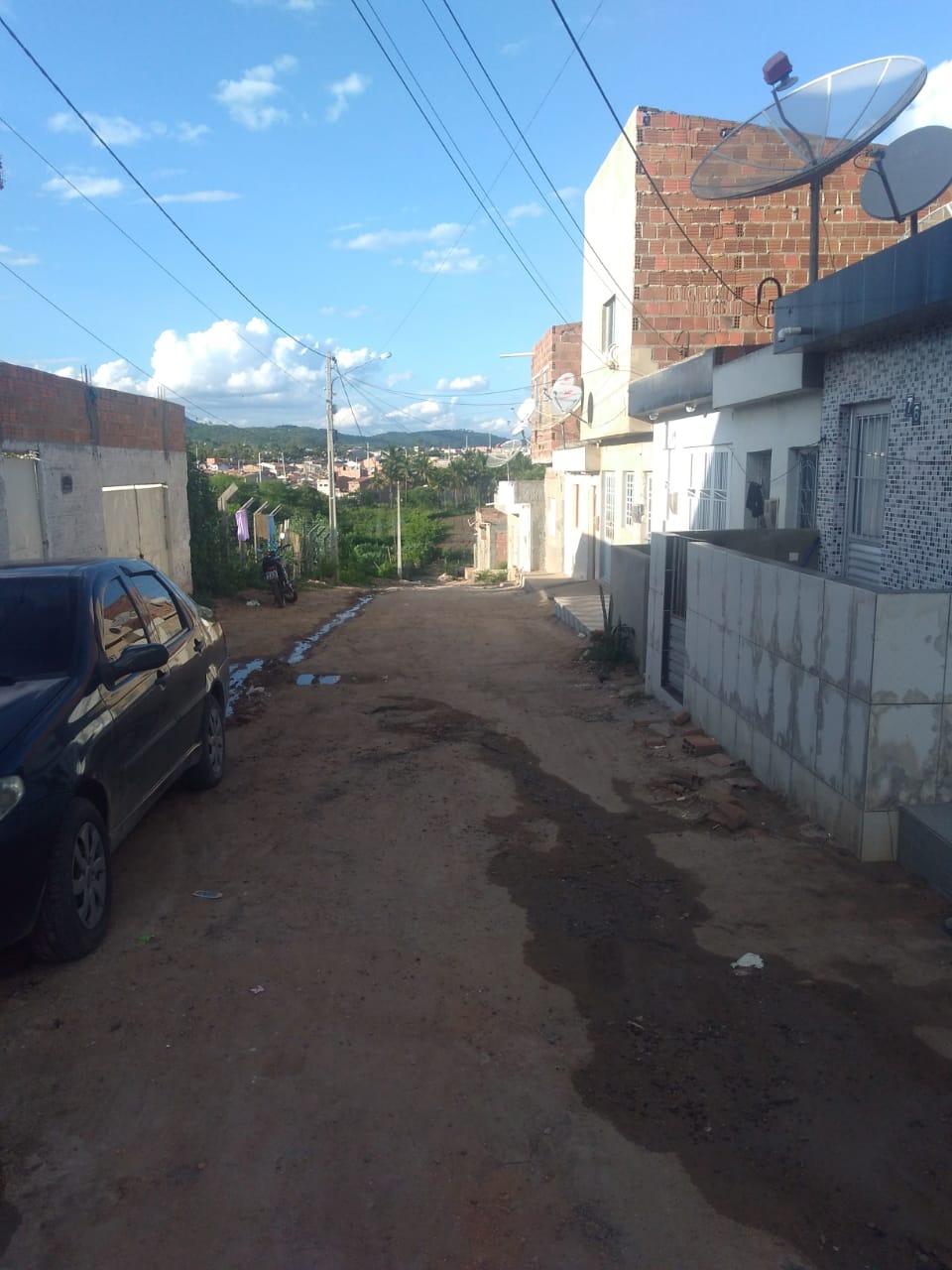 Líder comunitário denuncia obra de saneamento mal feita no Bom Conselho