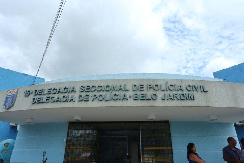 Homem é preso suspeito de abusar sexualmente da filha de 7 anos em Belo Jardim