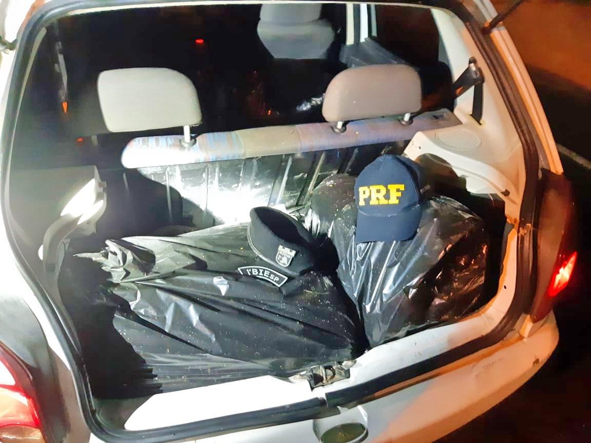 Dupla é detida com 35 quilos de maconha na BR 232, em São Caetano