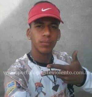 Adolescente é morto a tiros em frente a posto de gasolina em Pesqueira