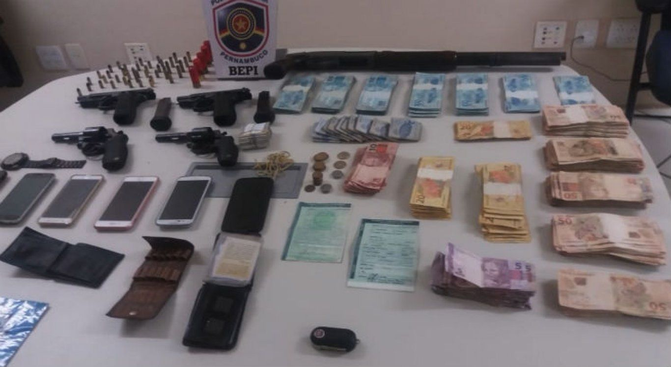 Suspeitos mortos na Paraíba são apontados pelo assalto a banco em Belo Jardim