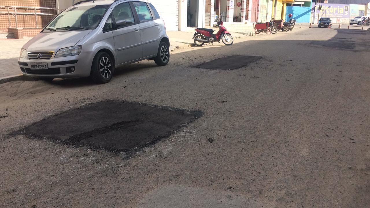 Prefeitura inicia operação tapa buraco em ruas de São Bento do Una