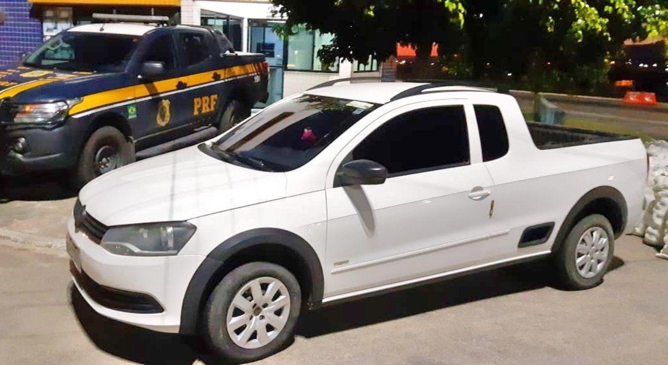 Dois homens são detidos com carro roubado em São Caetano