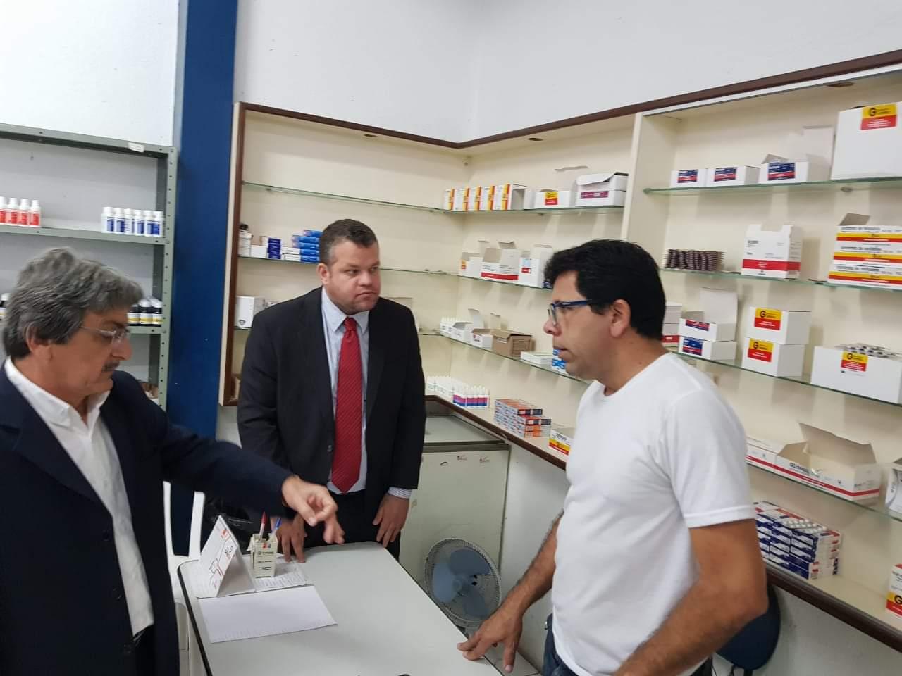 Vereadores da oposição denunciam falta de medicamentos na Farmácia Básica de Belo Jardim