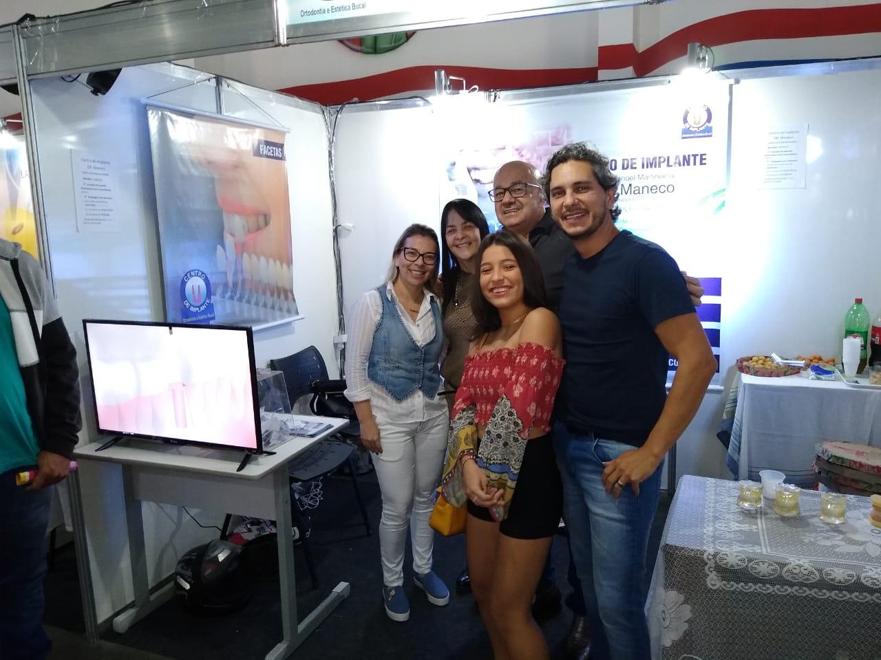 Centro de Implantes Dr. Maneco se destaca em evento de empreendedorismo