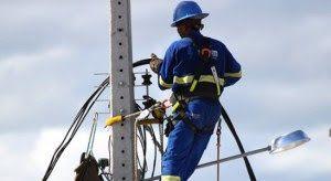 Celpe realiza modernização da rede elétrica no centro de Belo Jardim