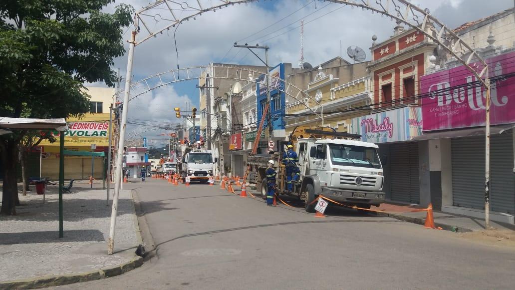 Celpe já substituiu 22 postes no centro de Belo Jardim