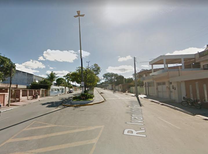 Homens armados roubam carro em Belo Jardim