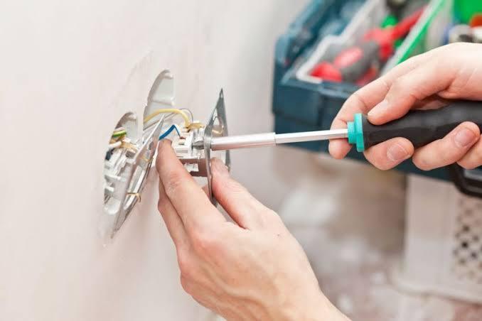 Celpe alerta contra acidentes envolvendo energia elétrica durante reformas residenciais