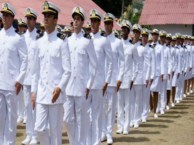 Marinha abre inscrições para concurso com salários acima de R$ 2 mil