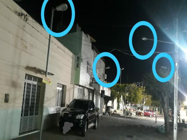 Moradores e comerciantes solicitam reparos na iluminação pública do calçadão