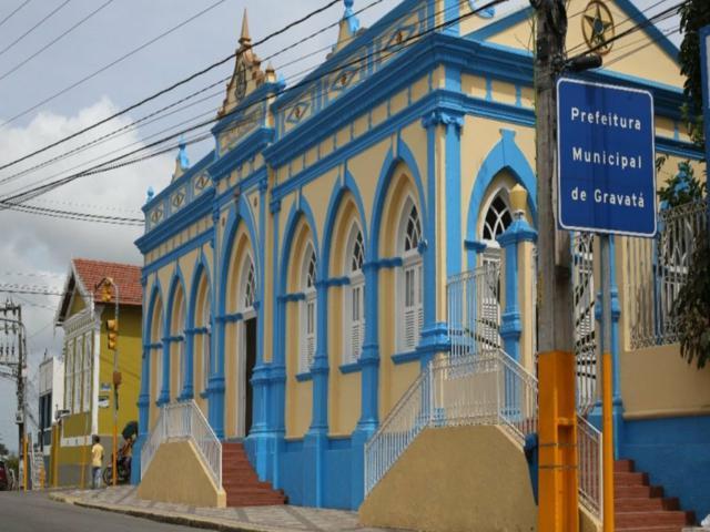 Prefeitura de Gravatá divulga edital de concurso público com 515 vagas