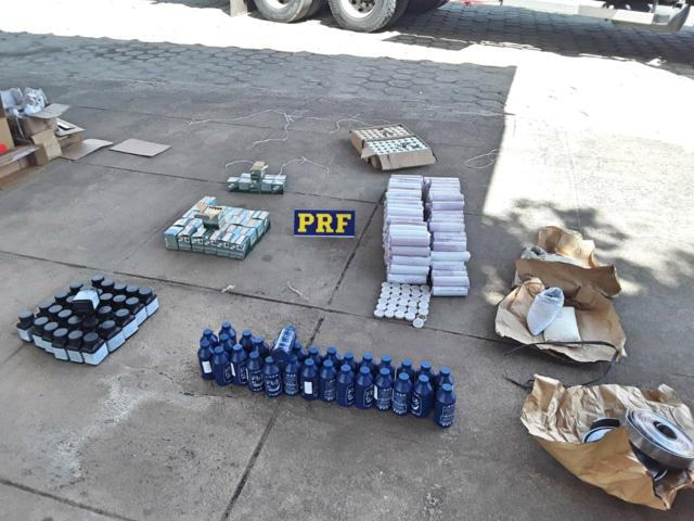 Caminhoneiro é detido com espoletas, cartuchos e munição em Caruaru