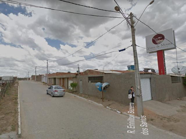 Morador reclama de quedas constantes de energia no Viana & Moura
