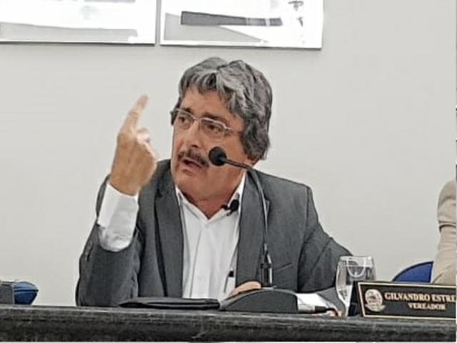 Vereadores aliados do prefeito rejeitam projeto de Gilvandro Estrela e Bruno Galvão