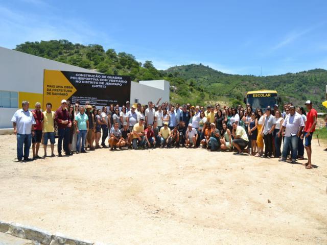 Prefeitura de Sanharó anuncia construção de duas quadras poliesportivas