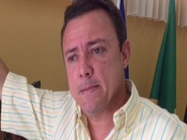 2003: João Mendonça Jatobá é recordista em contas rejeitadas
