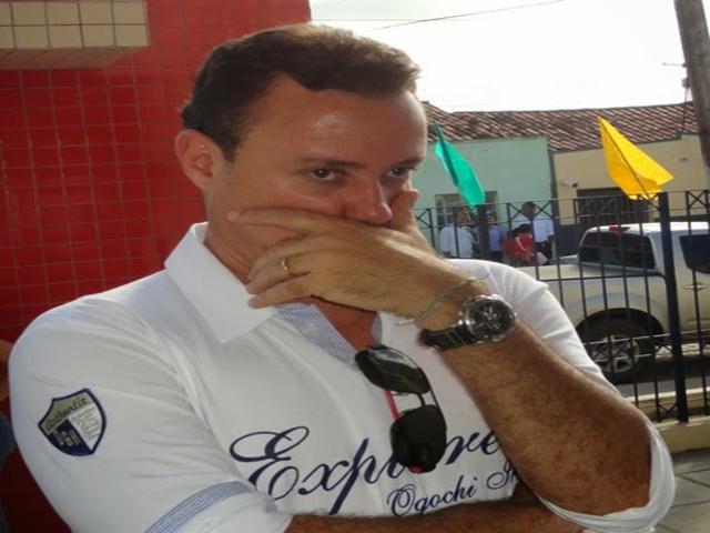 João Mendonça Jatobá é recordista em contas rejeitadas
