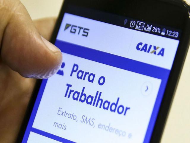 Governo extingue PIS/Pasep e permite saque de R$ 1.045 do FGTS (Marcelo Camargo/Agência Brasil).