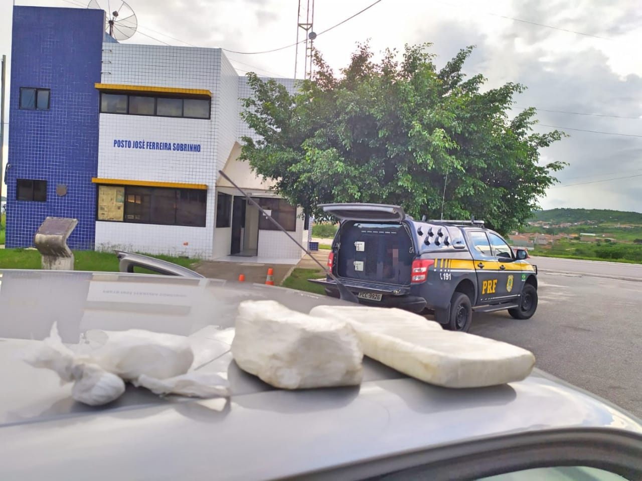 Cocaína é apreendida dentro de painel de carro em São Caetano