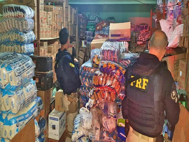 PRF localiza depósito de alimentos e bebidas roubados no Agreste